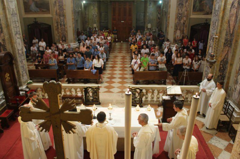 Castellucci chiesa di modena nonantola for Castellucci arredamenti roma